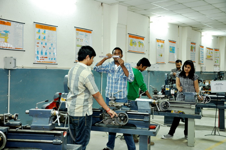 B.Tech Mechnanical Engineering admission at SRM University  india
