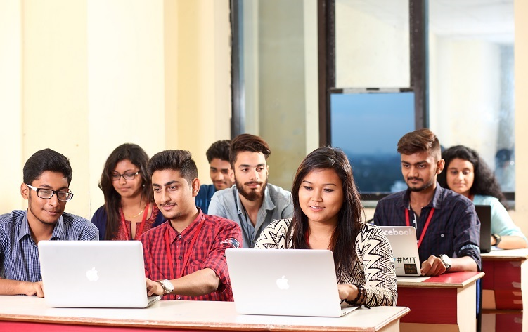 Software Engineering Scholarship at SRM University