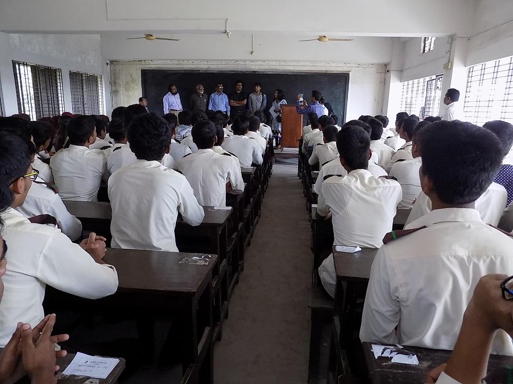 SRM University delegation visits school in Jessore
